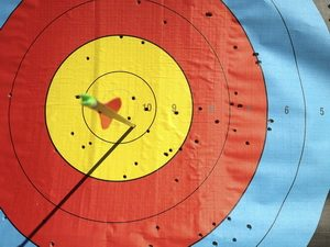 Mit Pfeil & Bogen schiessen wie einst Robin Hood - wir zeigen euch wie es geht !